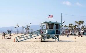 BEACH-1630458_1920-2